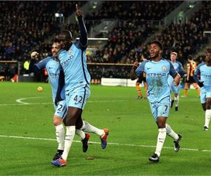 How Yaya Toure embarrassed Kelechi Iheanacho after City's 3-0 win over Hull