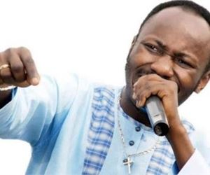Buhari will mourn, dollar to hit N615 – Apostle Suleman's full prophecies for 2017
