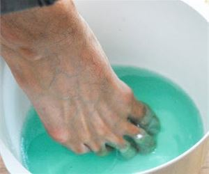 Do This Immediately to Remove Nail Fungus (Try It)